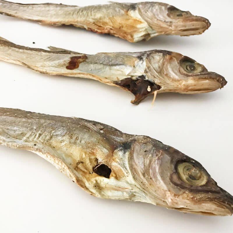 snack natural para perro de pescadilla