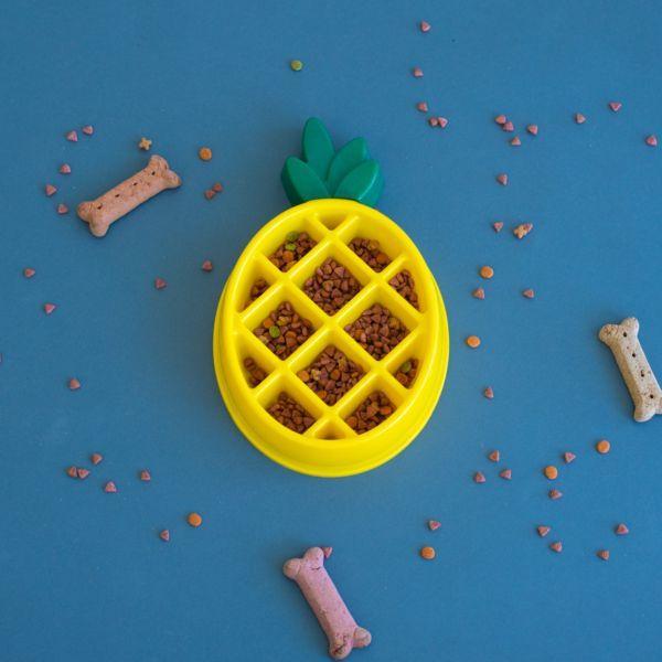 Comedero antivoracidad piña Happy Bow Pineapple Zippy Paws